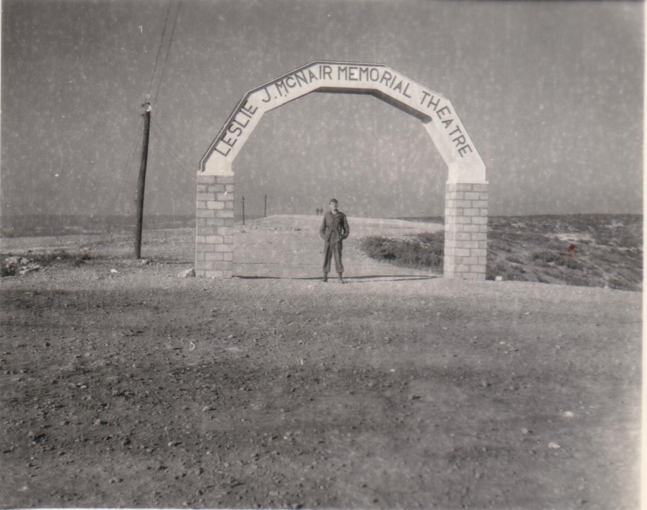 Camp US et de prisonniers (CCPWE 404) de Calas (13) - Page 16 GBWren06